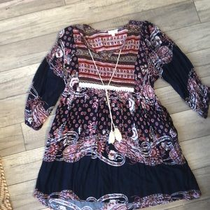 This boho styled tunic is a Fall must!